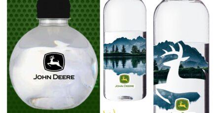 botella con diseño personalizado de john deere